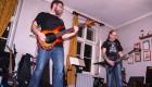 Рок-удар по барабанным перепонкам