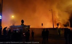 (ВИДЕО) В Черняховске сгорел вещевой рынок